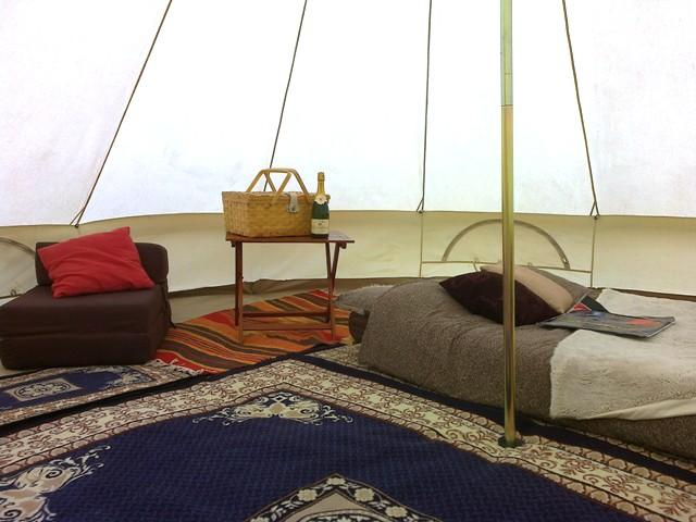 bell tent glamping delivery