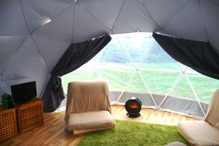 Glamping Dome holiday dche.co.uk