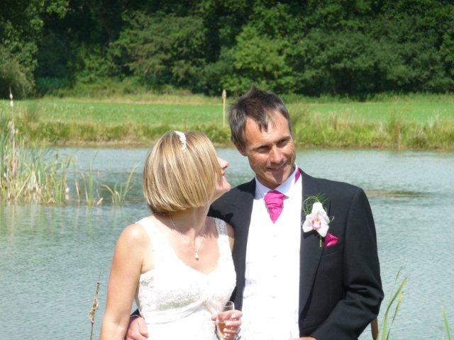 wedding couple by lake dorset country holidays