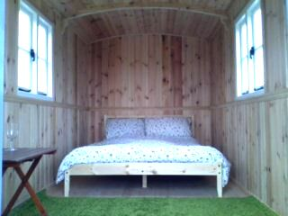 shepherds hut hire dorset