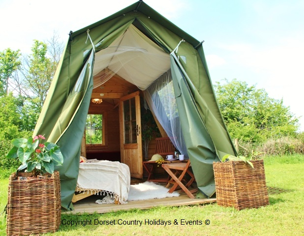 gl&ing safari pod at dche & Safari Pod Glamping holidays